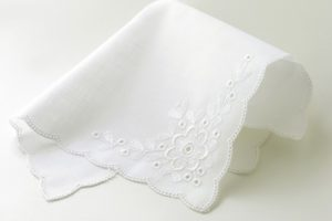 make handkerchief